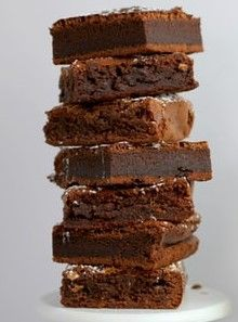 If you like fudgy chocolate brownies, this is the recipe for you. Our ultimate gooey chocolate brownies recipe is super easy, and perfect every time. Gooey Chocolate Brownie Recipe, Chocolate Chip Cookies, Homemade Chocolate, Brownie Recipes, Chocolate Desserts, Chocolate Butter, Fudge Brownies, Beste Brownies, Köstliche Desserts