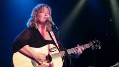 (Song of the day Dec 20) Gretchen Peters - Waiting for the Light to Turn Green. I've seemingly been doing this kind of waiting a bunch the last couple of days. Funny how sometimes they're all red, sometimes all green.