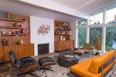 16 Splendid Mid-Century Modern Living Room Designs You Can't Dislike - wohnzimmer ideen Mid Century Modern Living Room, Mid Century Modern Decor, Living Room Modern, Living Room Designs, Living Rooms, Mid Century Design, Apartment Living, Mid-century Interior, Room Interior Design