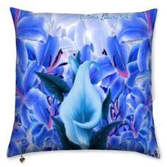 Pure silk pillow. La vie est belle