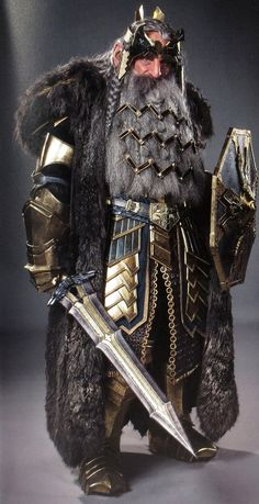King_Thror_in_his_Raven_War_Armor.png 528×1027 pixels