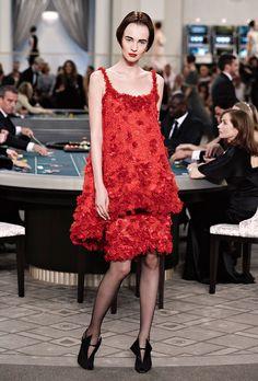 66fd00cf8e3b4 シャネルのシークレットカジノ、ドレスコードは『エレガント』 15-16AWオートクチュール  49枚目の写真・画像