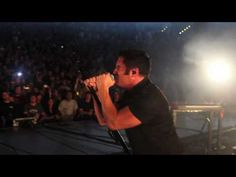 "This just made my morning.  What an amount of good energy!  NIN: ""Last"" live from on stage in Holmdel, NJ 6.06.09."