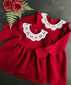 Very pretty plain baby dress in red, long sleeve w. Very pretty plain baby dress in red, long sleeve with white round frills lace neck A high west with frill skirt. Girls Christmas Outfits, Kids Outfits, Toddler Christmas Outfit, Toddler Dress, Baby Dress, Trendy Dresses, Nice Dresses, Baby Girl Fashion, Kids Fashion