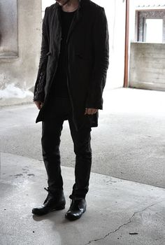 All black err thing Back To Black, All Black, Casual Goth, Beatnik, Herringbone Pattern, Mode Style, Lace Up Shoes, Costume Design, Black Leather