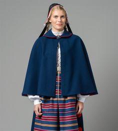 Bilde av Cape blå Vestfold 1956modell Bell Sleeves, Bell Sleeve Top, Costumes, Cape, Dresses, Women, Fashion, Scale Model, Pictures