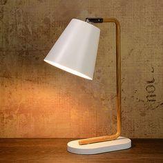 Lampe � poser en bois avec abat jour conique en m�tal blanc hauteur 36cm Cona 42,90