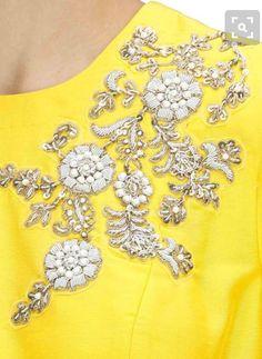 yellow dress and flower details Zardosi Embroidery, Pearl Embroidery, Tambour Embroidery, Embroidery Fashion, Silk Ribbon Embroidery, Embroidery Patterns, Couture Details, Fashion Details, Bordados Tambour