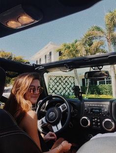 Beautiful cars images are offered on our website. look at this and you wont be sorry you did. My Dream Car, Dream Cars, Jeep Cars, Jeep Jeep, White Jeep, Jeep Photos, Cute Car Accessories, Vsco, Car Goals