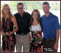 Great George Strait Site...(George with wife Norma, son Bubba, and Bubba's wife Tamara)