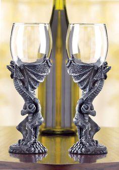 Set of 2 Medieval Dragon goblet wine glass