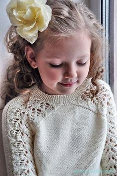 Вязание спицами с описанием Кофточка с ажурными рукавами спицами  Описание вязания свитера спицами     …