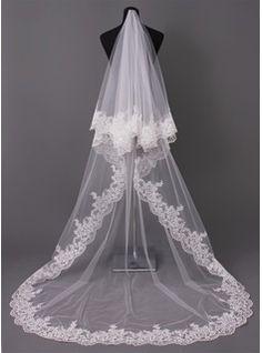 Somptueux voiles de mariage 2013, les voiles de mariage glamour à prix discount sont sur JJsHouse.com. - JJsHouse