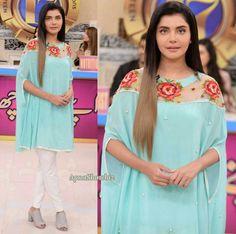 Latest Pakistani Dresses, Pakistani Outfits, Indian Dresses, Designer Kurtis, Designer Dresses, Stylish Dresses, Fashion Dresses, Long Kurtis, Fashion For Petite Women