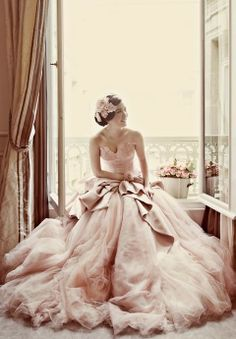 Cheap gown cotton, Buy Quality gown bow directly from China gown purple Suppliers: Robe de Mariage Glamorous Ball Gown Sweetheart Wedding Dress 2017 Ruffles Nude Pale Wedding Gowns Vestido de Noiva Casamento Bridal Gowns, Wedding Gowns, Lace Wedding, Blush Bridal, Wedding Bride, Wedding Vintage, Vintage Lace, Dress Vintage, Vintage Style