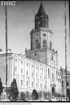 Lublin Poland 1940 My Kind Of Town, Old City, Countries Of The World, Vintage Photography, Notre Dame, Country, Architecture, Building, Places