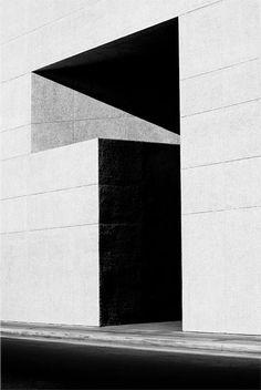 Nicholas Alan Cope. [untitled, Architecture].