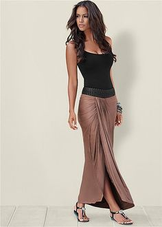 Fun & Flirty maxi skirts for a casual or elegant look by VENUS. Find a variety of maxi skirts from printed, black, and fringe. Skirt Outfits, Sexy Outfits, Dress Skirt, Fashion Outfits, Womens Fashion, Vestidos Sport, Maxi Skirts For Women, Baby Bikini, Venus Swimwear