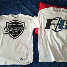 Nuove t-shirt Fuorigioco.net  Logo it's my life  #fuorigioconet #seriea #topplayer #tshirt Top P, My Life, Football, Logos, T Shirt, Fashion, Soccer, Supreme T Shirt, Moda