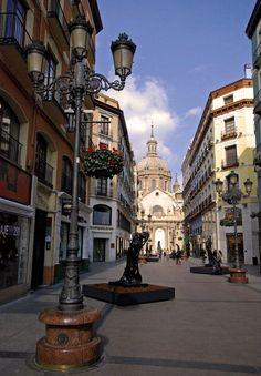 En Zaragoza, España - Calle Alfonso <3333