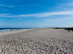 Assateague Beach, Chincoteague Island, Virginia  #7 of trip advisor's top 25 beaches in US 2013    This is the one with the wild ponies.  East Coast Vacation  possibility?