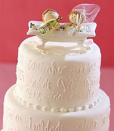 Noiva - Bolo de casamento: do tradicional branco 3 andares a modelos moderninhos