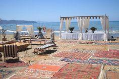 Matrimonio in spiaggia, al mare. Preludio catering & banqueting, addobbi e allestimenti per matrimoni. Wedding settings ideas, wedding inspiration.