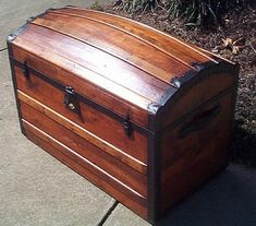Antique Trunk #301