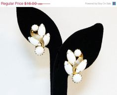 White Weiss Signed Earrings - Designer Signed Clip On Vintage Earrings - Jewelry