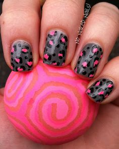 Pink n Gray Leopard Nails.