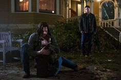 10x11There's No Place Like Home...oh god, deans face in this scene damn near ripped my heart out