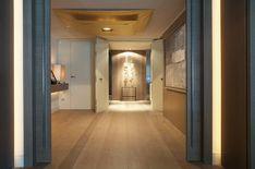 Piso Barcelona - Mirror, Frame, Furniture, Home Decor, Dark Wood, Wood Flooring, Light Colors, Fire Places, Entrance Halls