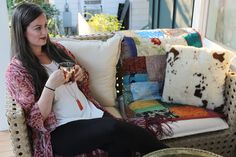 Fall front porch decor for fall with @aeoutdoor #frontporch #fall #bohemian