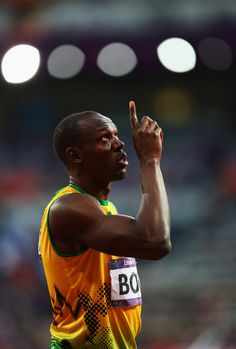 Even when he slows to a jog, Usain Bolt is as fast as he needs to be.His sidekick, Yohan Blake, is looking like the closest thing there is to a true challenger. Floyd Mayweather, Usain Bolt Quotes, Yohan Blake, Vive Le Sport, Cross Country, Sports Personality, Fastest Man, Sport Icon, World Of Sports