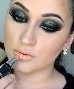 Maquiagem Usando a Paleta Malévola da Vult!
