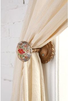 Great alternative to curtain hooks