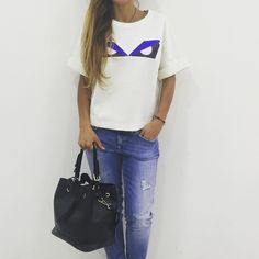 Casual look by @fendi @dondupofficial  Per info e  contattateci su direct o whatsapp 3662421250  Follow us on Facebook  Paola Bros by paola_bros