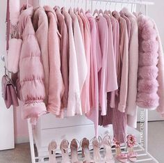 Pretty in pink Pink aesthetic rack Pretty In Pink, Image Fashion, Pink Wardrobe, Pink Closet, Wardrobe Clothing, Mode Rose, Baby Pink Aesthetic, Aesthetic Gif, Aesthetic Grunge