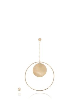 Masterfully handcrafted in Australia, this **Natasha Schweitzer** piece combines traditional jewelry making techniques with contemporary shapes, capturing the designer's modern and minimalist aesthetic.