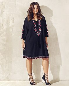 Love & Legend boho embroidered dress from Addition Elle spring 2016 plus size fashion women-clothing. Curvy Girl Fashion, Plus Size Fashion, Boho Fashion, Fashion Outfits, Womens Fashion, Looks Plus Size, Look Plus, Plus Size Dresses, Plus Size Outfits