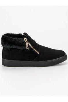 Čierne členkové tenisky Sport Gucci, Boots, Fashion, Crotch Boots, Moda, Fashion Styles, Shoe Boot, Fashion Illustrations