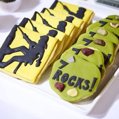 Rock Climbing Wall Cake - Yahoo Image Search Results 6th Birthday Parties, Birthday Celebrations, 9th Birthday, Birthday Ideas, Rock Climbing Cake, Climbing Wall, Cookie Time, Party Packs, Birthday Party Invitations