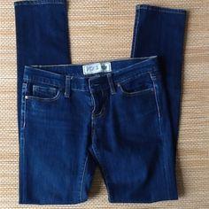 VS PINK jeans size 2 inseam 31 excellent shape VS PINK jeans size 2 inseam 31 excellent shape PINK Victoria's Secret Jeans