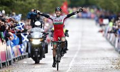 Geraint Thomas wins Commonwealth Games cycling gold for Wales Lizzie Armitstead, Geraint Thomas, Team Gb, Commonwealth Games, Field Hockey, World Of Sports, Road Racing, Wales, The Man