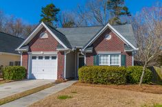 Bridges Of Summerville - MLS# 16005941 http://ift.tt/1U07i4c Last Update: Mon Mar 7th 2016 12:00 am   Provided courtesy of Jackie Tucker of Carolina One Real Estate Lovely 2 bedroom 2 bathroom (dual master bedroom) home offers an open floor plan for your enjoyment. Wood burning fireplace in the great room can be enjoyed from the dining room with this open plan. The kitchen features solid surface countertops maple cabinetry built in microwave a smooth top range and eat in breakfast area. The…