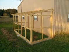 Building A DIY Chicken Coop If you've never had a flock of chickens and are considering it, then you might actually enjoy the process. It can be a lot of fun to raise chickens but good planning ahead of building your chicken coop w Cheap Chicken Coops, Chicken Coop Run, Portable Chicken Coop, Backyard Chicken Coops, Building A Chicken Coop, Chicken Runs, Chickens Backyard, Backyard Ducks, Chicken Feeders