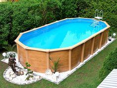 Delightful Für Einen Harmonisch Ländlichen Flair: Ein Großer Swimmingpool Im Garten,  Einfach Aufgebaut Und Ab