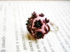 vintage style Appliqué flower ring Polymer by JEWELRYandPLEASURE, $16.00