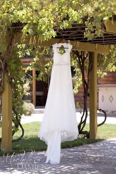 Rustic Charm Wedding Dress. Michelle and Damien, photography and film 888.301.6919