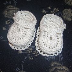 Gifts for newborn: snow booties crochet tutorial ~ make handmade - handmade - handicraft